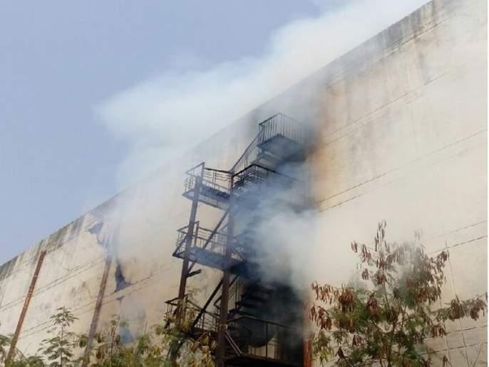 Fire broke out in a warehouse in Kalamna Market in Nagpur | नागपुरातील कळमना मार्केटमधील धान्याच्या गोदामाला लागली भीषण आग