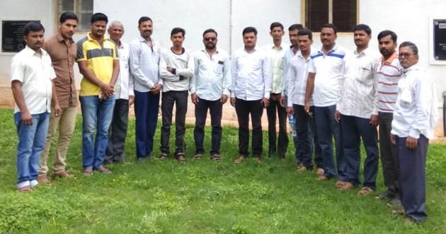 Study tour of farmers for Mysore training in Mussoorie | तुती प्रशिक्षणासाठी शेतकऱ्यांचा म्हैसूर येथे अभ्यास दौरा