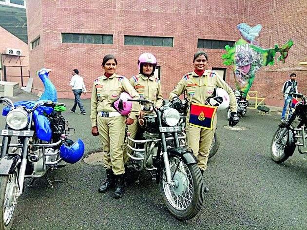 Bhandara girl lead Maharashtra on Republic day parade in New Delhi | राजपथावर पथसंचलनात भंडाऱ्याच्या सुषमाने केले महाराष्ट्राचे नेतृत्व