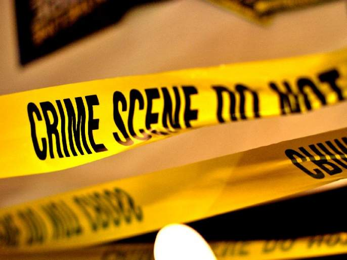One killed, three policemen injured in dacoity attack in Solapur | सोलापुरात दरोडेखोरांच्या हल्ल्यात १ ठार, ३ पोलीस जखमी