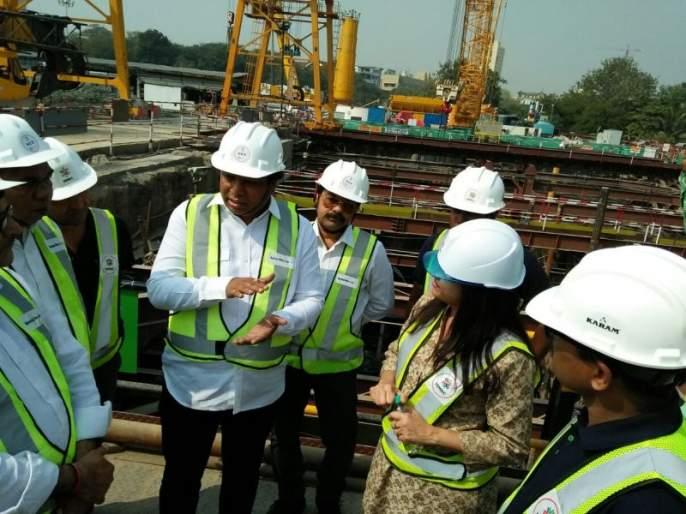 Completed work of 200 meter tunnel of Metro 3, Adv. Ashish Shelar inspected the case | मेट्रो 3च्या सुमारे 200 मीटर बोगद्याचे काम पूर्ण,अॅड. आशिष शेलार यांनी केली पाहणी
