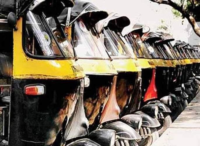 Solve the RTO from the broker's records; Accused of rickshaw pulling, the allegation is being made | दलालांच्या विळख्यातून आरटीओला सोडवा; रिक्षाचालकांचा धडक मोर्चा,अडवणूक होत असल्याचा आरोप