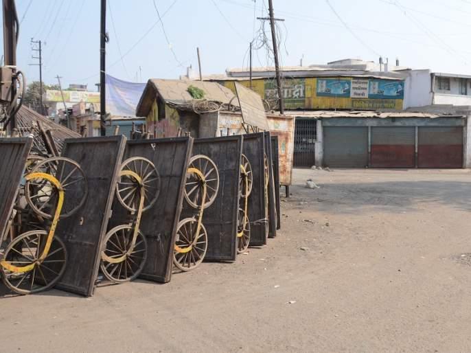 Stacked in three places during Aurangabad closing; 25 policemen injured with ACP | औरंगाबादेत बंद दरम्यान तीन ठिकाणी दगडफेक; एसीपीसह २५ पोलीस जखमी