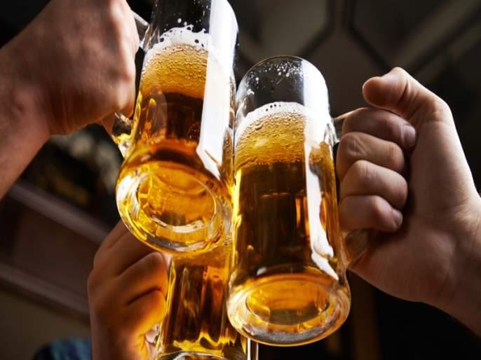 Cheaper alcoholic beverages 'Thirtyfirst' in Telangana, 40 percent less expensive than Maharashtra | स्वस्त मद्यामुळे मद्यपींचे 'थर्टीफर्स्ट' तेलंगणात, महाराष्ट्राच्या तुलनेत ४० टक्क्यांनी कमी दर