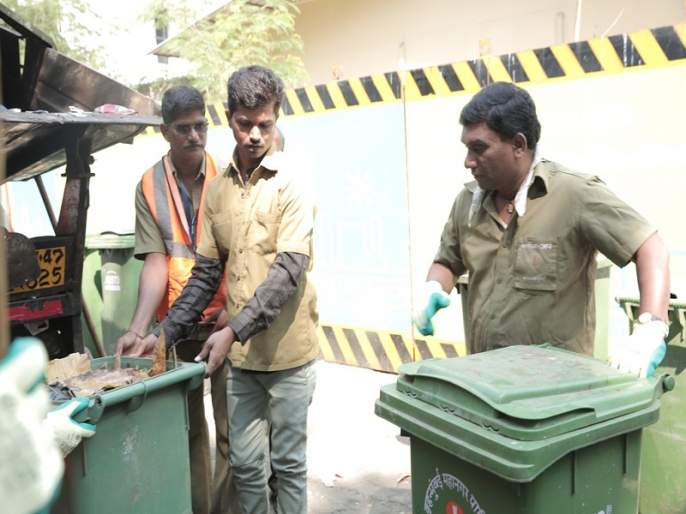 bhau kadam will play sweeper role in nashibwan marathi movie | भाऊ कदमने दिवाळीच्या निमित्ताने केले हे सामाजिक कार्य