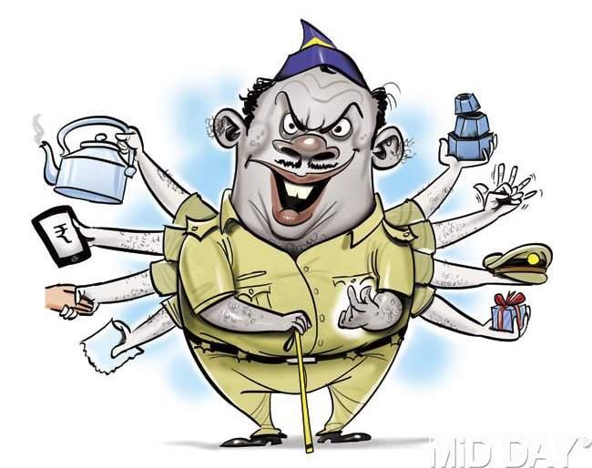 FIR against police constable demanding bribe | लाच मागणा-या पोलीस कॉन्स्टेबलवर गुन्हा