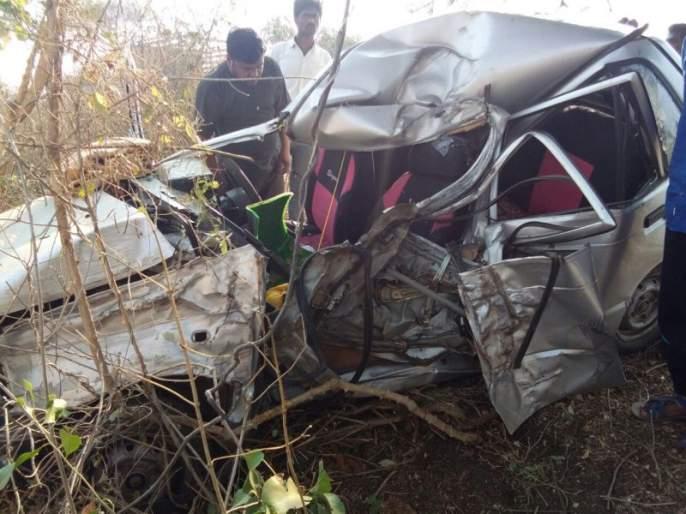 Accidental death of 2 youths returning to their home by celebrating New Year in Yavatmal | यवतमाळ : न्यू इअरचं सेलिब्रेशन करुन घराकडे परतणा-या 2 तरुणांचा अपघाती मृत्यू