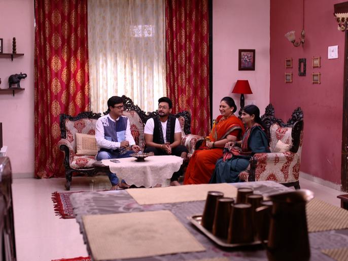 Sachin Pilgaonkar and Swapnil Joshi attend the 'Ghadge & Soon' series!   'घाडगे & सून' मालिकेमध्ये सचिन पिळगावकर आणि स्वप्नील जोशी यांची हजेरी !