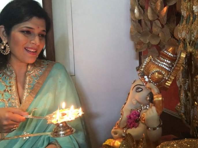 Chintamani's album of Poetry Poudwal | कविता पौडवाल यांचा चिंतामणी अल्बम