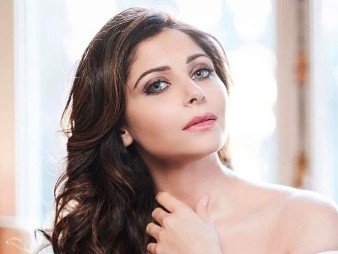 'Baby Doll' Fame, Kanika Kapoor has filed a cheating case! | 'बेबी डॉल' फेम कनिका कपूरवर फसवणुकीचा गुन्हा दाखल!