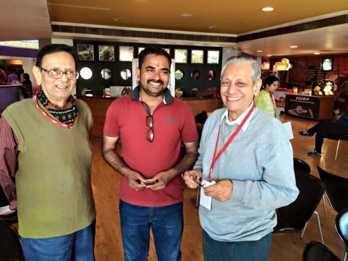 The creators of 'Baban' cinematic film made of 100 rupees | १०० रुपयांच्या गुंतवणुकीतून बनले 'बबन'सिनेमाचे निर्माते