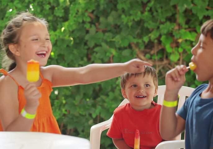 HEALTH: Special Ice Candy Recipes for Kids in the Summer! | HEALTH : उन्हाळ्यात मुलांसाठी खास आईस कॅन्डी रेसिपी !