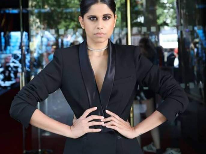 Sai Tamhankar wins at Red Carpet on London Indian Film Festival | लंडन इंडियन फिल्म फेस्टिव्हलच्या रेड कार्पेटवर सई ताम्हणकरचा जलवा!