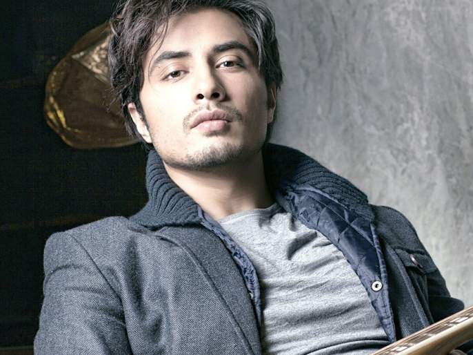 Paki actor Ali Jafarna claims '100 crores' for cheating Know what's the reason !!   पाकी अभिनेता अली जफरने 'या' गायिकेवर ठोकला १०० कोटींचा दावा! जाणून घ्या काय आहे कारण!!