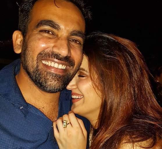 Zaheer Khan and Sagarika Ghatge get married on the day of 'Marriage!   जहीर खान अन् सागरिका घाटगे 'या' दिवशी अडकणार विवाहाच्या बंधनात !
