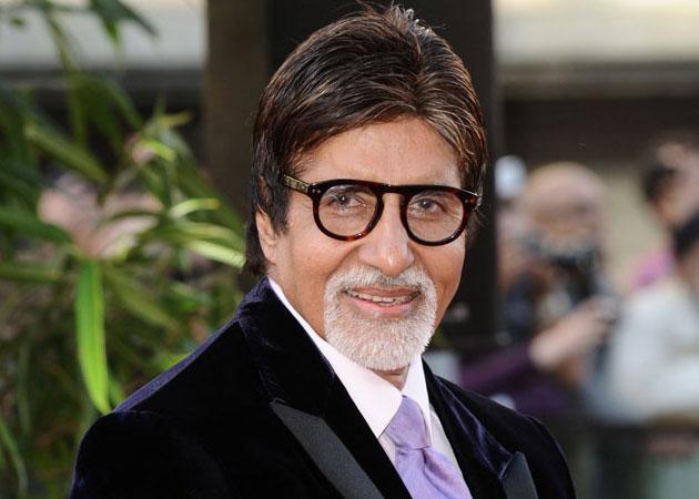 Amitabh Bachchan's first salary was just that | केवळ इतकाच होता अमिताभ बच्चन यांचा पहिला पगार