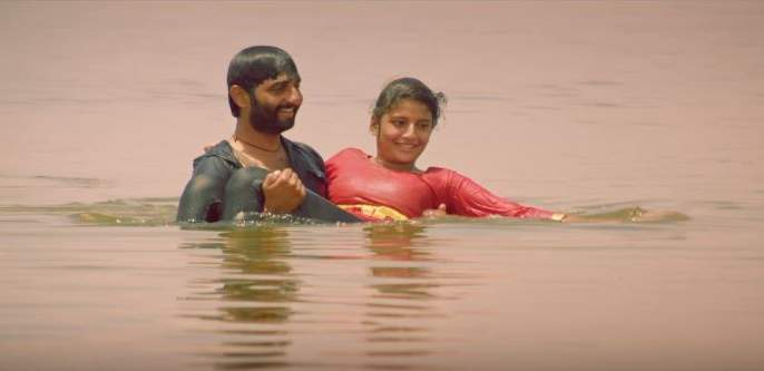 ... and it was finished shooting in the lake | ... आणि असे पार पडले तळ्यातील शूटींग
