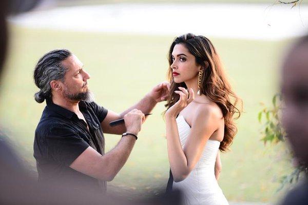 Deepika's hot photoshoot ...! | दीपिकाचे हॉट फोटोशूट...!