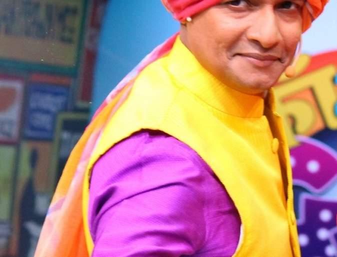 'Loves to smile at others' face' - Priyadarshan Jadhav   'दुसऱ्यांच्या चेहऱ्यावर हसू फुलवायला आवडते'- प्रियदर्शन जाधव