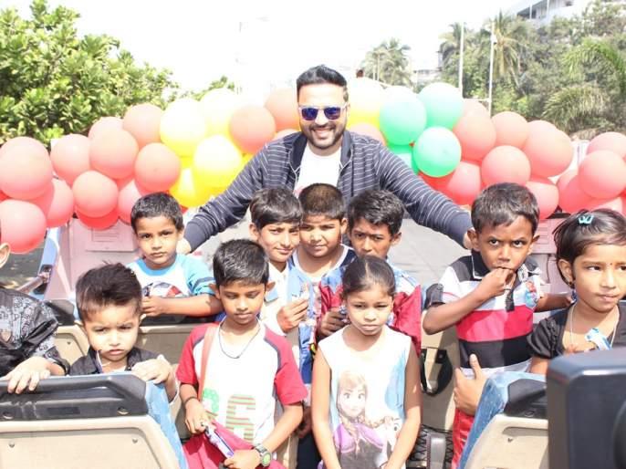 'God' celebrated 'Children's Day' with a child company | 'देवा'ने केला बच्चेकंपनीसोबत 'बालदिन' साजरा