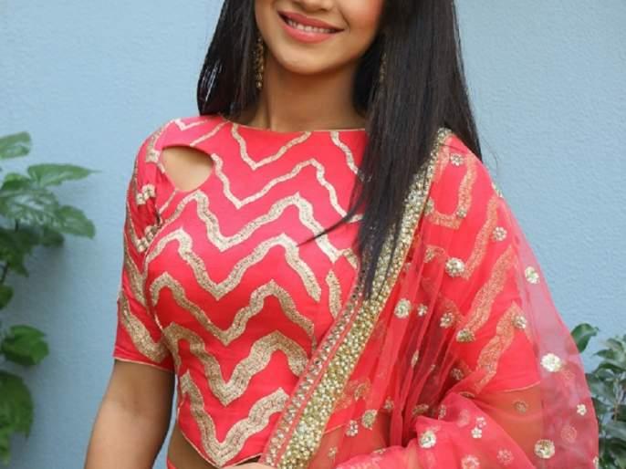 'I like to live life from the role' - Shivangi Joshi | 'भूमिकेतून आयुष्य जगणं आवडतं' - शिवांगी जोशी