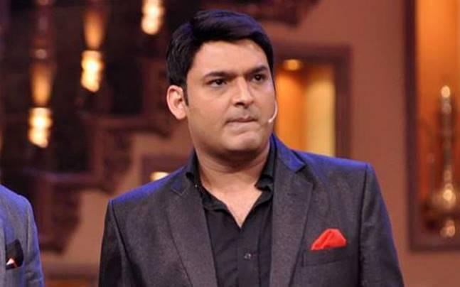 Kapil Sharma's show 'Mahe' has two actors in the middle!   कपिल शर्माच्या शो मधले 'हे' दोन कलाकार भिडले आपसात!
