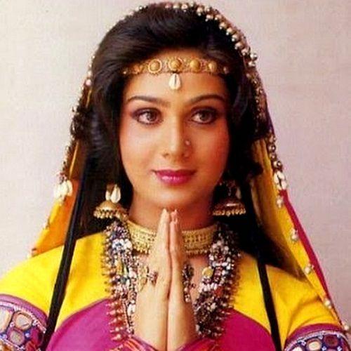 Due to Minakshi Shekkadri, the famous Bollywood singer was divorced | मिनाक्षी शेक्षाद्रीमुळे या प्रसिद्ध बॉलिवूडच्या गायकाचा झाला होता घटस्फोट