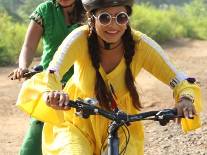 Gurung injured in the role of cycling incident | सायकल शर्यतीच्या प्रसंगाच्या चित्रीकरणादरम्यान भूमिका गुरुंग जखमी