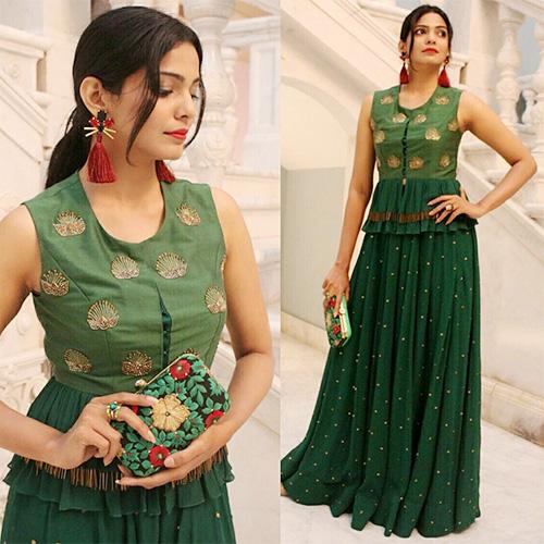 Pooja Sawant's stunning look, viral on social media   पूजा सावंतचा स्टनिंग लूक,सोशल मीडियावर व्हायरल