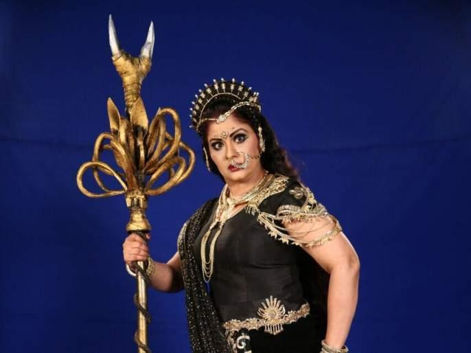 Sudha Chandran's entry will be in the series of emperor Shani | सुधा चंद्रन यांची एंट्री होणार कर्मफलदाता शनी या मालिकेत