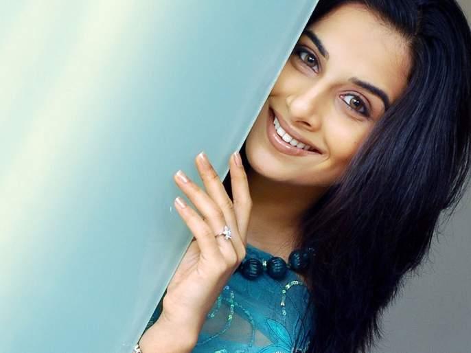 Vidya Balan sacrificed love for sister Story of love's first love story! | बहिणीसाठी विद्या बालनने केला प्रेमाचा त्याग! वाचा विद्याच्या पहिल्या प्रेमाची गोष्ट!!