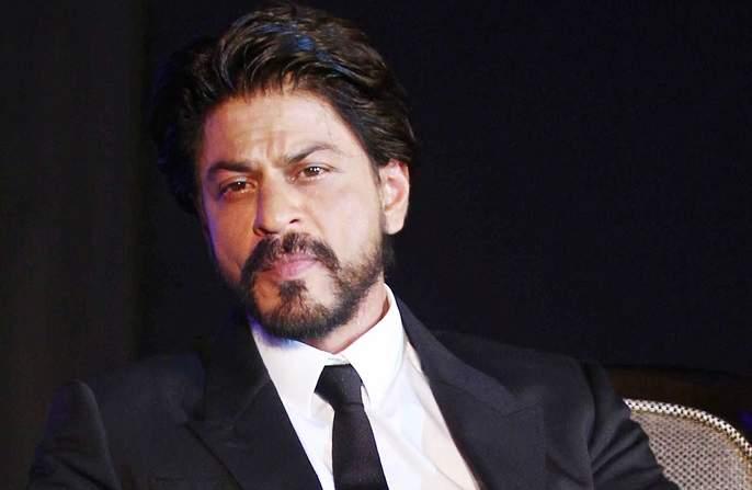 Shah Rukh Khan became emotional after his father; Emotions expressed on Twitter! | वडिलांचे स्मरण करून भावुक झाला शाहरूख खान; ट्विटरवर व्यक्त केल्या भावना!