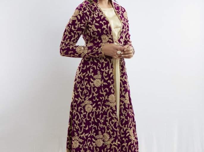Singer Priyanka Barve will appear for the first time in 'The' role   गायिका प्रियांका बर्वे पहिल्यांदाच दिसणार 'या' भूमिकेत