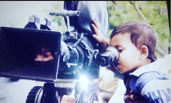 Who is a Marathi actor? The box office hit was the first movie | ओळखा पाहू कोण आहे हा मराठी अभिनेता? पहिलाच चित्रपट ठरला होता बॉक्स ऑफिसवर हिट