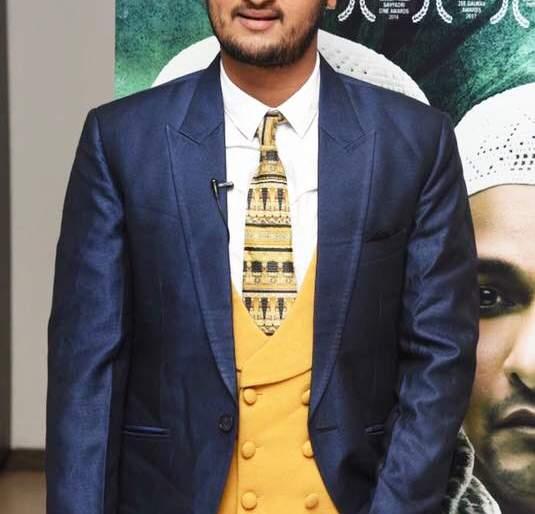 Producer Amol Kangane produced the film Halal by overcoming many obstacles in the story | निर्माते अमोल कांगणे सांगतायेत खूप अडचणींवर मात करत हलाल चित्रपटाची निर्मिती केली