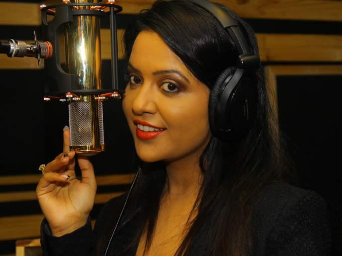 Sing to Amrita Fadnavis sing for this film | अमृता फडणवीस यांनी गायले डाव या चित्रपटासाठी गाणे