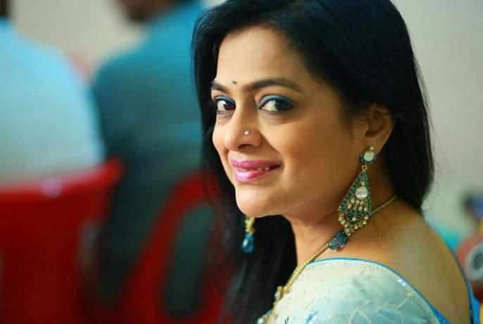 Ashwini Ekbote may be seen in the film Shubhang Kariti Kalyanam | अश्विनी एकबोटे यांना पाहाता येणार शुभं करोति कल्याणम या चित्रपटात