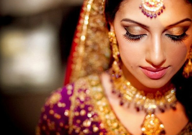 Rupaita bride made! | रुपवती वधू बना!
