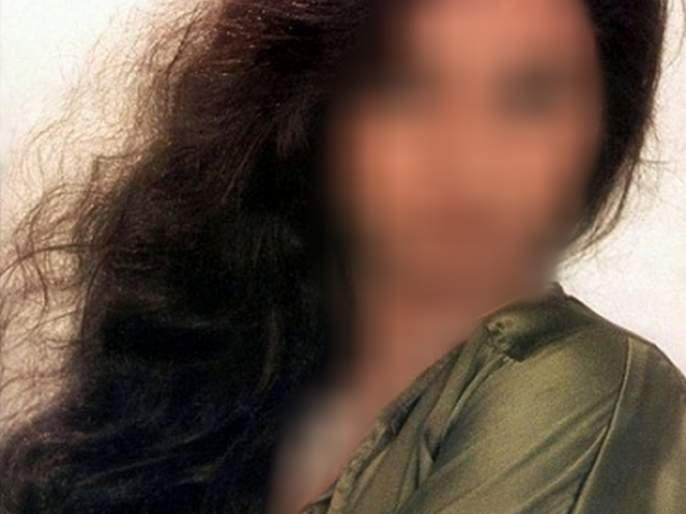 Sexual harassment of Bollywood's famous 16-year-old actress, because of hearing you will shudder | बॉलिवूडच्या या प्रसिद्ध अभिनेत्रीचं वयाच्या 16व्या वर्षी झालं लैंगिक शोषण,कारण ऐकून तुम्हीही हादरुन जाल