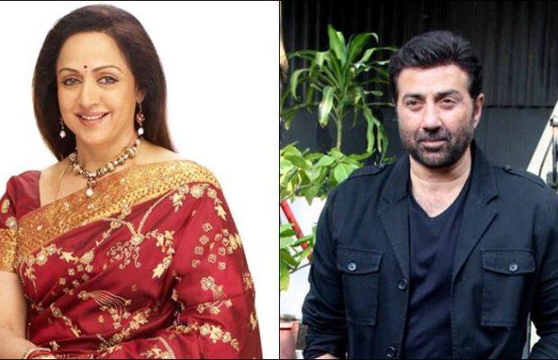 Sunny Deol first appeared for the accident when the accident happened. Hema Malini talked about her son's relationship with Sunny Deol | अपघात झाला तेव्हा सनी देओल सर्वात पहिला भेटायला आला.. मुलगा सनी देओल सोबतच्या नात्याबाबत बोलल्या हेमा मालिनी