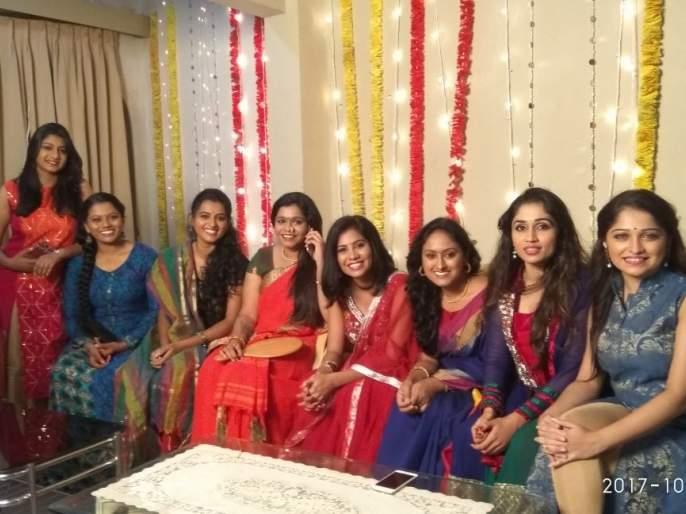 Diwali celebrations at a set of girls hostels ... | गर्ल्स हॉस्टेलच्या सेटवर दिवाळीची धमाल...