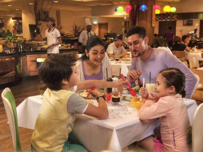 Food tourism's craze is growing in India | भारतात वाढतेय 'फूड टूरिझम'ची क्रेझ