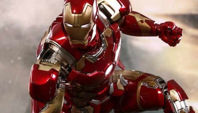 Shocking: Iron Man got stolen; Will you be surprised to know the price of the discount?   Shocking : आयरन मॅनचा सूट गेला चोरीला; सूटची किंमत जाणून तुम्हाला धक्का बसेल?