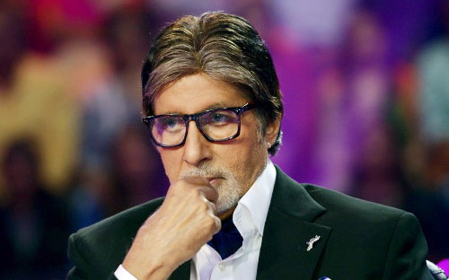 Amitabh Bachchan's condition deteriorated, doctors team reached Jodhpur   अमिताभ बच्चन यांनी प्रकृती बिघडली, जोधपूरला पोहोचली डॉक्टरांची टीम