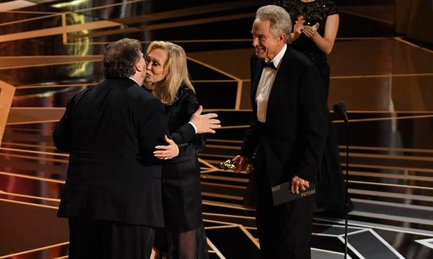 Oscars 2018: In the Oscars, these veterans have beaten | Oscars 2018 : ऑस्करमध्ये या दिग्गजांनी मारली बाजी