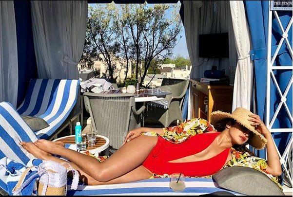 Priyanka Chopra is enjoying the countrywide vacation!   'या' देशात व्हेकेशन एन्जॉय करतेय प्रियांका चोप्रा !