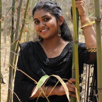 After Rinku Rajgurun, her parents will be seen in the film | रिंकू राजगुरूनंतर तिचे आई-वडील झळकणार या चित्रपटात