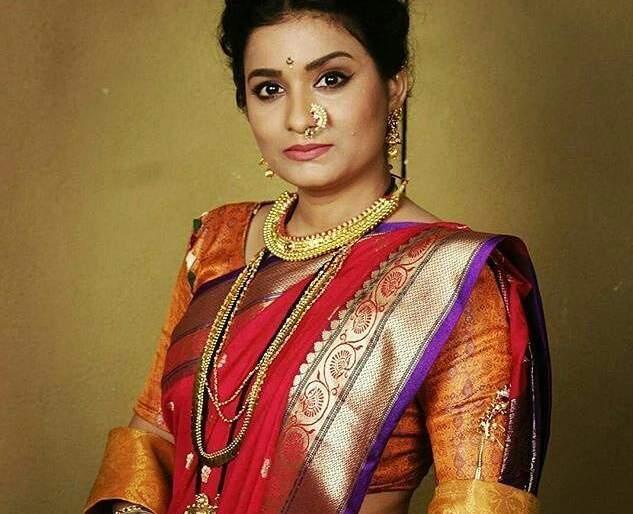 Sharmila Rajaram Shanttey does not seem to be working in the Hindi serial   शर्मिला राजाराम सांगतेय हिंदी मालिकेत काम करतेय असे वाटतच नाहीये