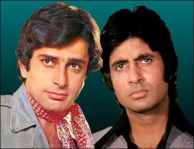 The role of Xtra was played by Shashi Kapoor in the film Amitabh Bachchan had | शशी कपूर यांच्या या चित्रपटात अमिताभ बच्चन यांनी साकारली होती एक्स्ट्राची भूमिका