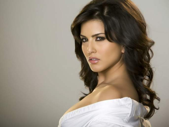 Sunny says, 'that documentary should not be released in India   सनी म्हणते, 'ती' डॉक्युमेंट्री भारतात रिलीज होऊ नये
